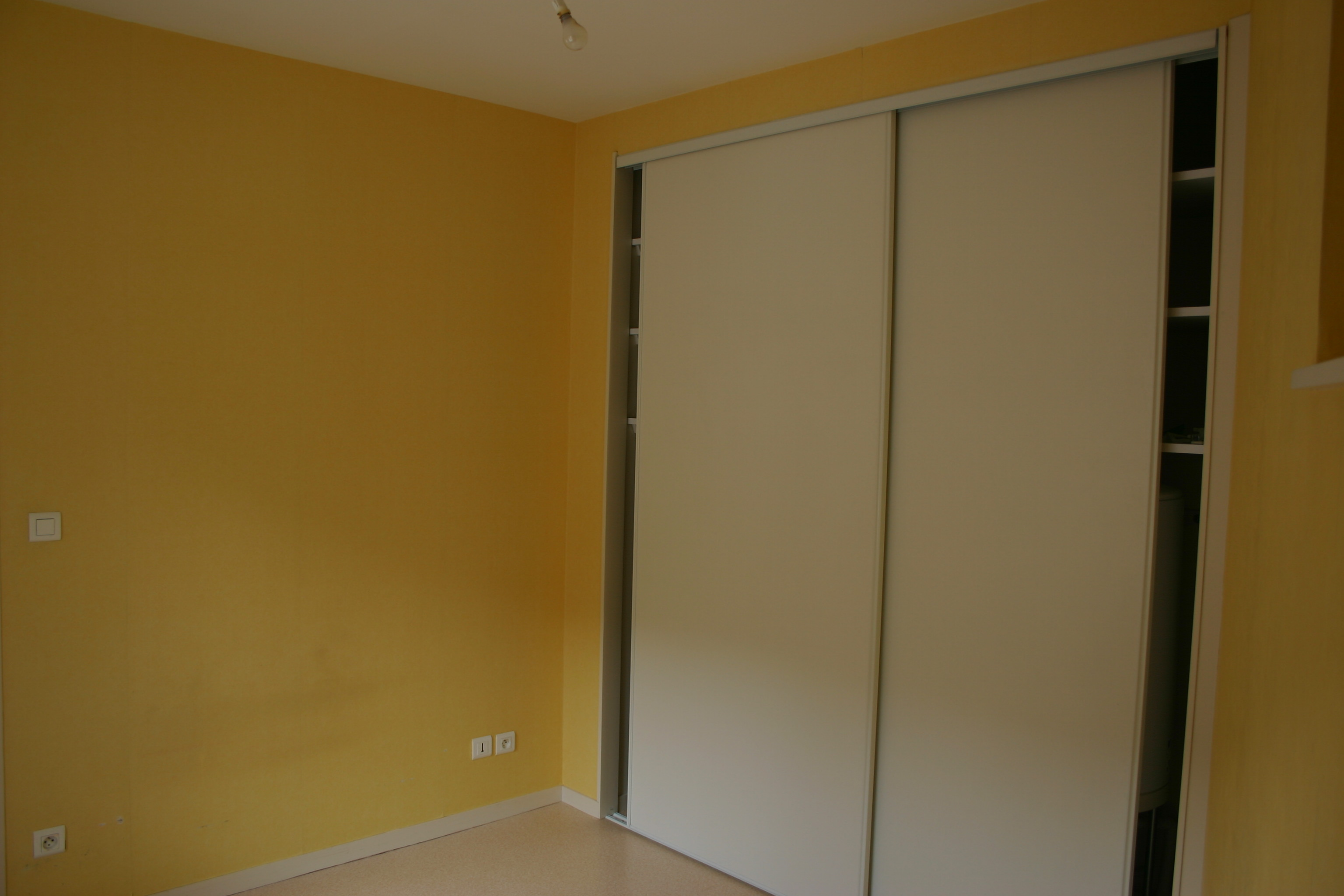 Annonces locations appartements for Conception placard